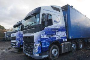 New Volvo FH tractor unit couple of heavy duty walking floor trailer